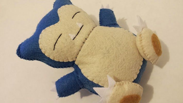 Little things pokemon and how to make on pinterest for Felt plushie templates