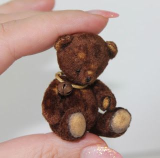 Quirky Artist Loft: Free Pattern: Tiny BearSource: Pretty Toys Sew a tiny bear for your doll.