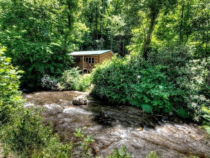 Alarka Creek Cabin #1 - Bryson City Cabin Rentals  Creekside Log Cabin Rental in the Smoky Mountains Near Bryson City NC.  Fisherman's paradise.  Located right on the creek where you can fish right in your front yard.  www.brysoncitycabinrenals.com