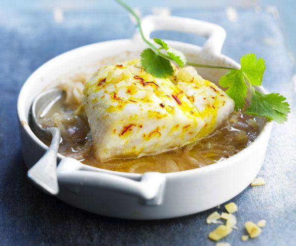 Envie de cuisiner un Lieu au citron confit et safran facilement ? Découvrez comment réaliser ce plat délicat avec notre recette de cuisine.