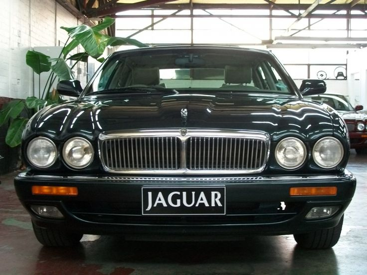 1996 Jaguar X300 Sovereign 4.0Lt - Lou Guthry Motors