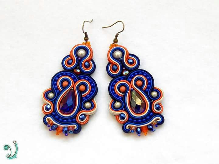 Soutache earrings with happy colors