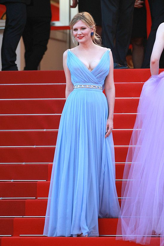 Kirsten Dunst In Schiaparelli Couture – 'The Beguiled' Cannes Film Festival Premiere 2017