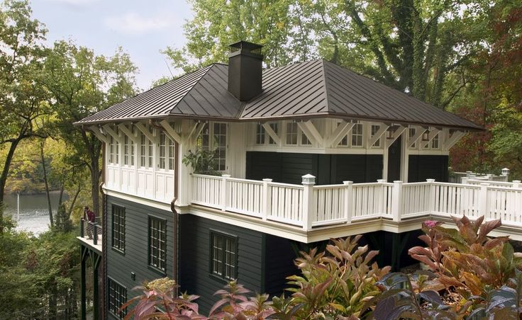 Best 25 hip roof ideas on pinterest carriage house for Metal hip roof