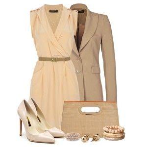Кремовые туфли, светло-бежевое платье, бежевый пиджак, светло-коричневая сумка, золотые украшения