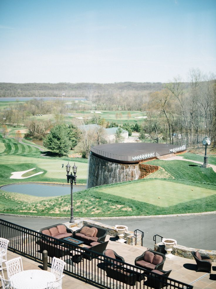 Event venue in Sterling, Virginia. Golf course and ballroom for weddings, bridal showers, etc.