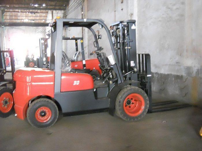 3000 kg Belasting Diesel Aangedreven Vorkheftruck uit China