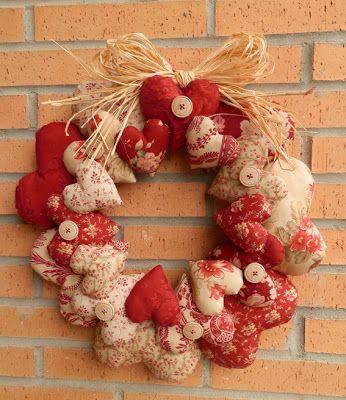 http://patchworkterapia.blogspot.com.es/2012/11/corona-de-corazones.html