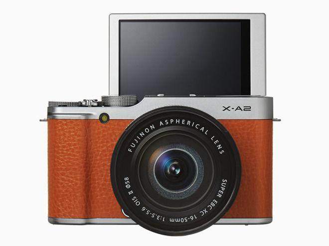 セルフィー向けのミラーレスカメラ、富士フイルム「X-A2」 « WIRED.jp