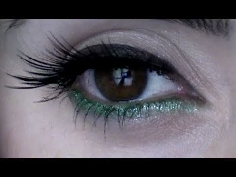 ▶ KIKO 107 Green eye pencil + gliterring eyeliner (Catrice)on top _____________Come applico le Ciglia finte+Eyeliner penna CATRICE+Make up facile - YouTube