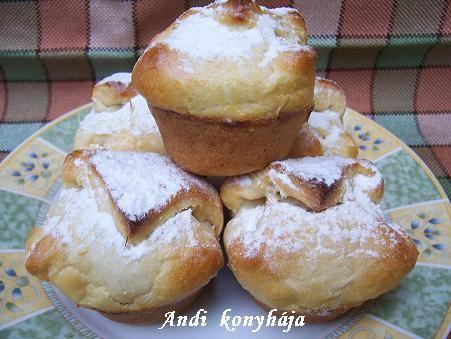 Túrós batyuk muffin formában - Andi konyhája - Sütemény és ételreceptek képekkel