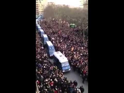 Attentats: comment la Gendarmerie a crevé l'écran sur Twitter En savoir plus sur http://www.lexpress.fr/actualite/societe/attentats-comment-la-gendarmerie-a-creve-l-ecran-sur-twitter_1640654.html#6K1mwrrpYrsmqkkX.99