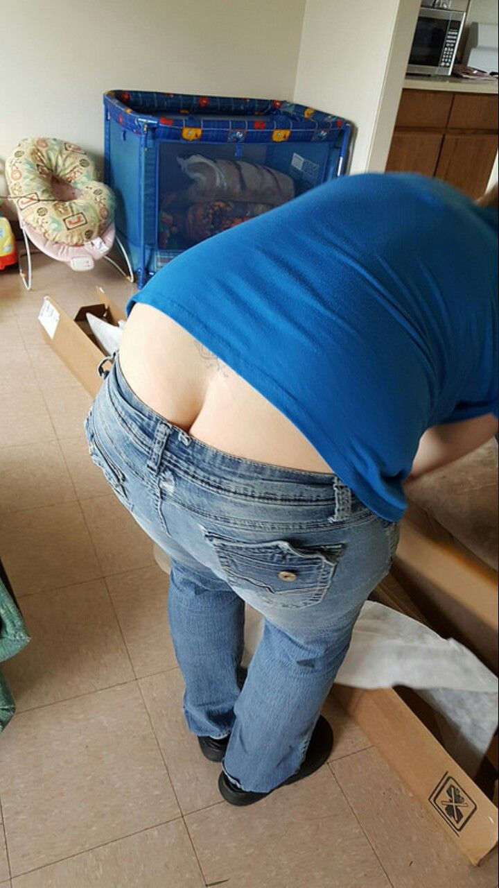 pics-of-ass-crack-in-jeans-stomach-abs-wemennude