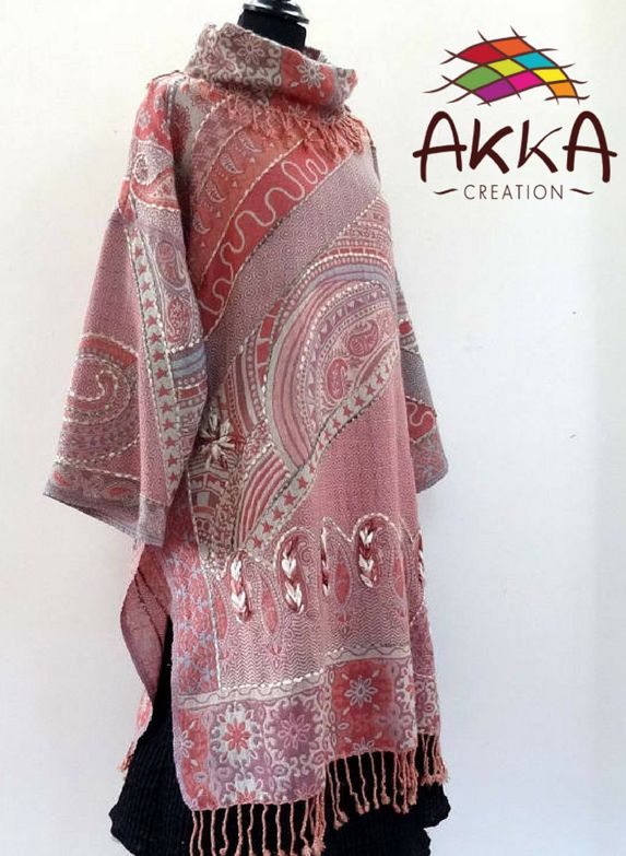 Pink long dress. Embroidered with raw wool, 3/4 sleeves, round neck, large size.    Made of pure wool, soft, light and warm.    https://www.etsy.com/in-en/listing/553219350/long-pink-and-ecru-tunic-dress    #dress #embroided #wool #womenfashion #ethicalnewyear2018