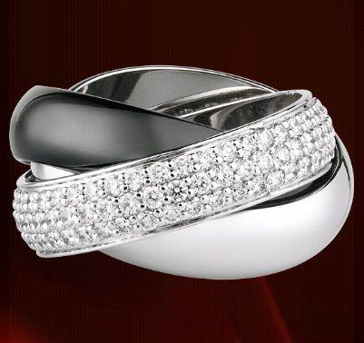 Anello in oro bianco e diamanti di Cartier