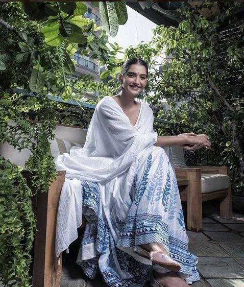 Sonam Kapoor in Anita Dongre Aalok Soni/HT