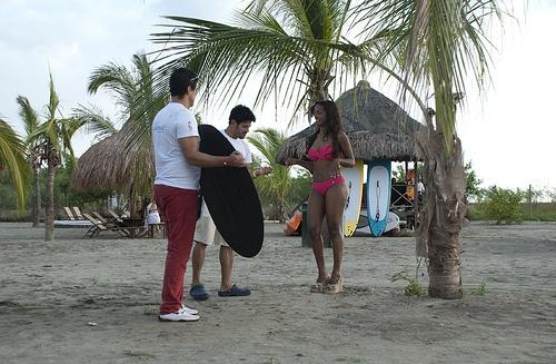 """Detras de camaras Choco  """"El Concurso Nacional de Belleza de Colombia es un importante certamen que busca la integración nacional a través de la belleza de las mujeres del país, convirtiéndose en uno de los eventos más significativos a nivel nacional. La ganadora del concurso recibe el título de Señorita Colombia y representa al país en Miss Universo y la primera finalista recibe el título de Virreina Nacional, quien representa al país en Miss Internacional"""" wikipedia"""