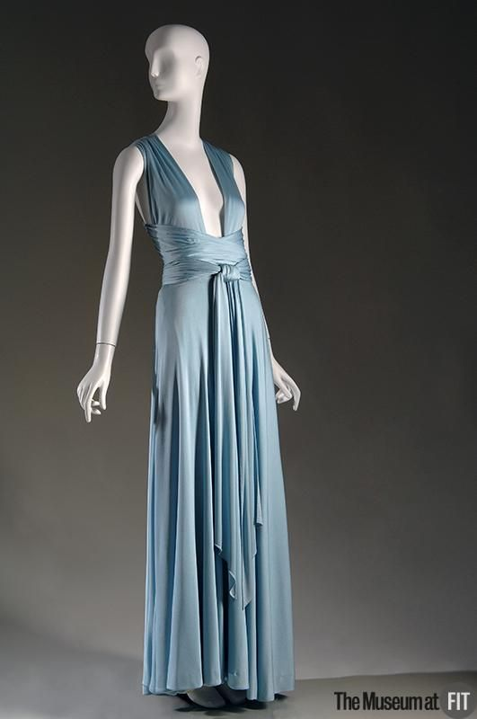 Style long dress 1972