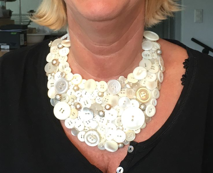 """Collana di bottoni """"madreperla"""""""