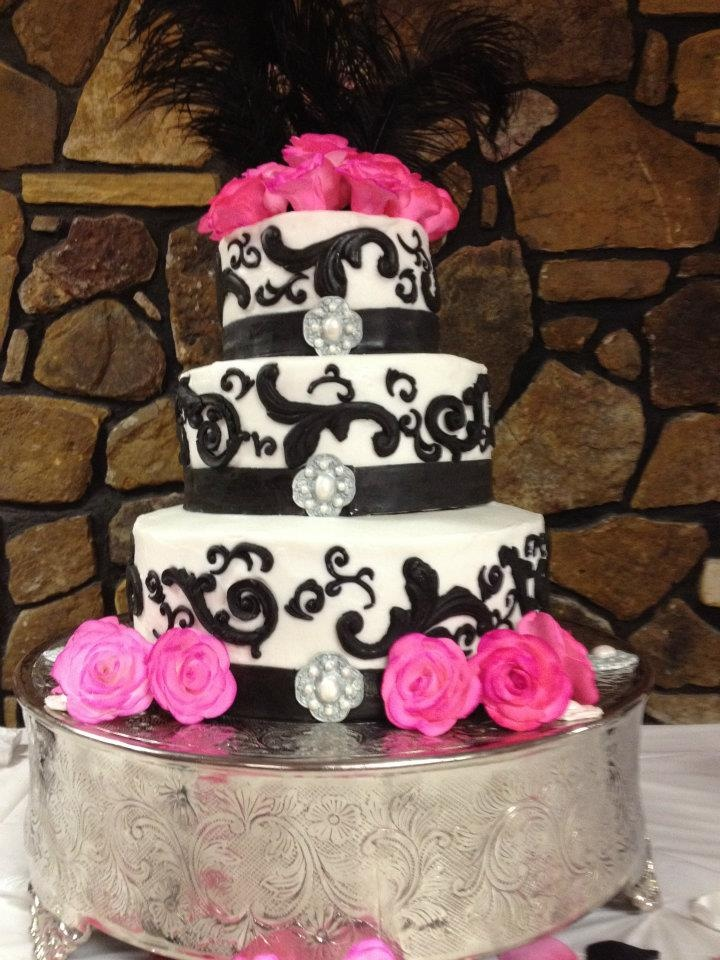 wedding cakes black white and pink black white and pink wedding cake cakes i made erica 23902
