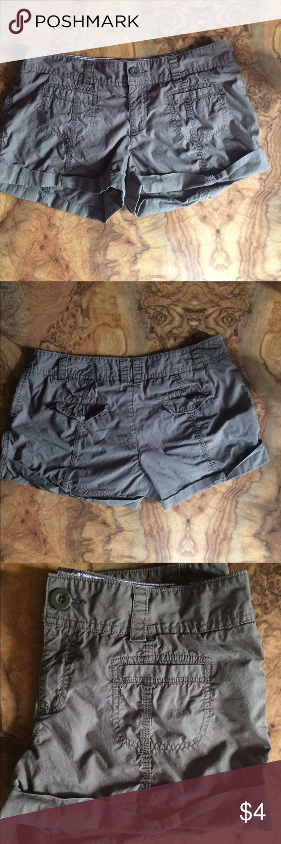 Juniors shorts Size 13 juniors shorts. Color is olive green. SO Shorts