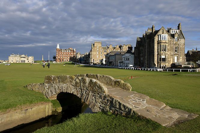 The Royal and Ancient Golf Club of St Andrews - visited but have not played - on the bucket list!: Buckets Lists, Golf Courses, Favorite Places, St. Andrew Scotland, Golf Club, Castles, Andrew Golf, The Bridges, The Royals