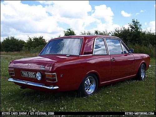 Beautiful Ford Cortina Mk2 Savage.
