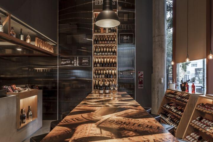 DE BARRICAS wine store by Santiago Chibán and Manuela Bresso, Buenos Aires – Argentina » Retail Design Blog
