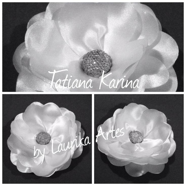 Flor de cetim - Tatiana Karina