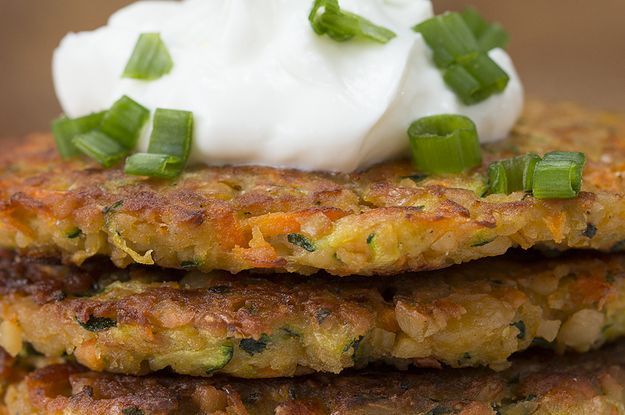 Here's a video showing you how to make them: | These Zucchini Carrot Fritters Are Your Next Veggie-Packed Lunch