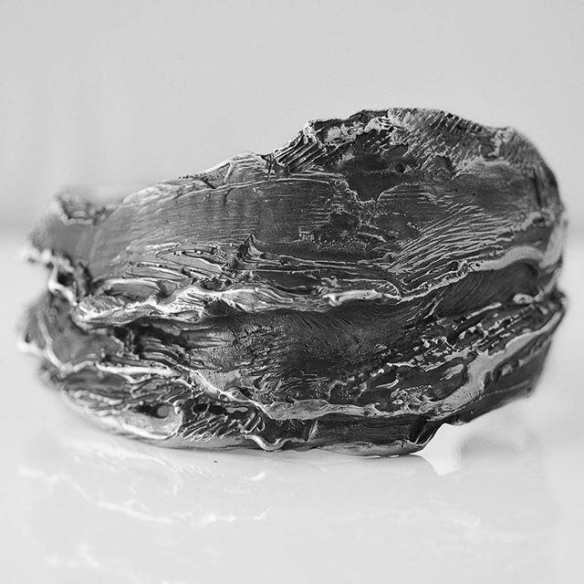 Silver bracelet.  #textures #art #artisan #hancrafted #handcraft #contemporary