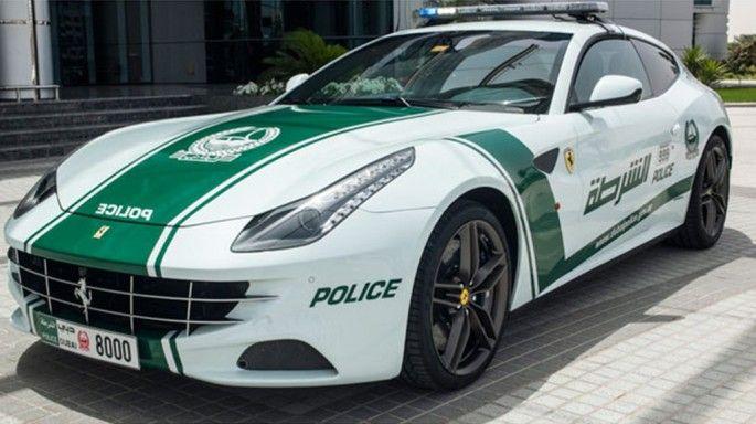 voitures de police de dubai Ferrari FF1 1   Les voitures de police de Dubaï   sport Quatar police photo Lamborghini Aventador image Ferrari ...