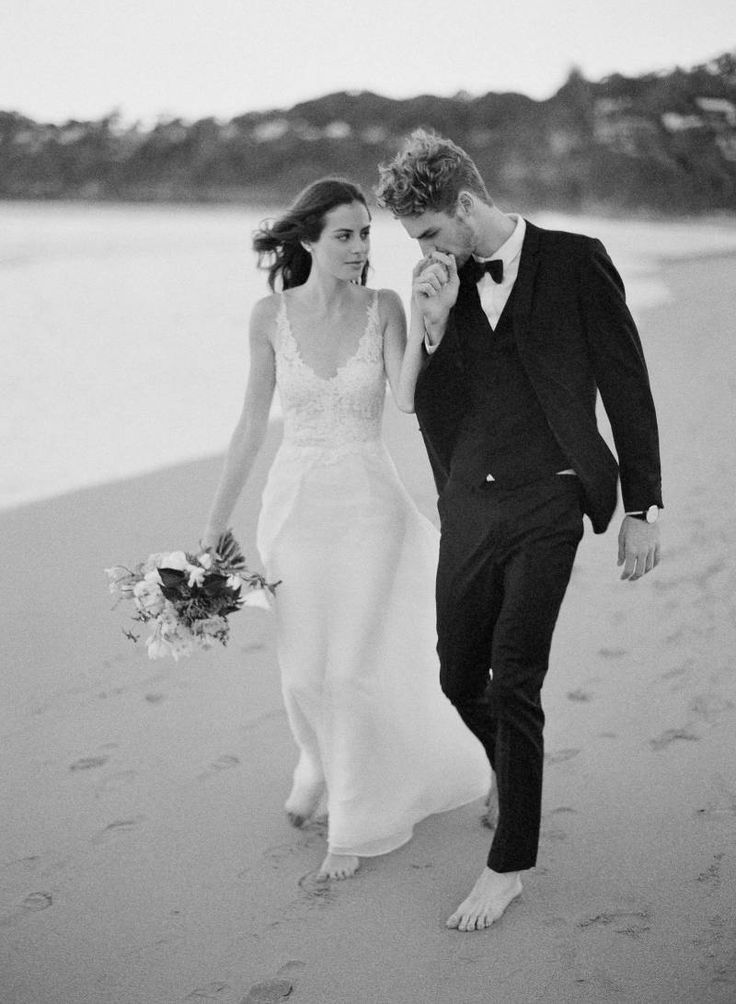 Elopement inspiration from the beaches of Sydney via Magnolia Rouge