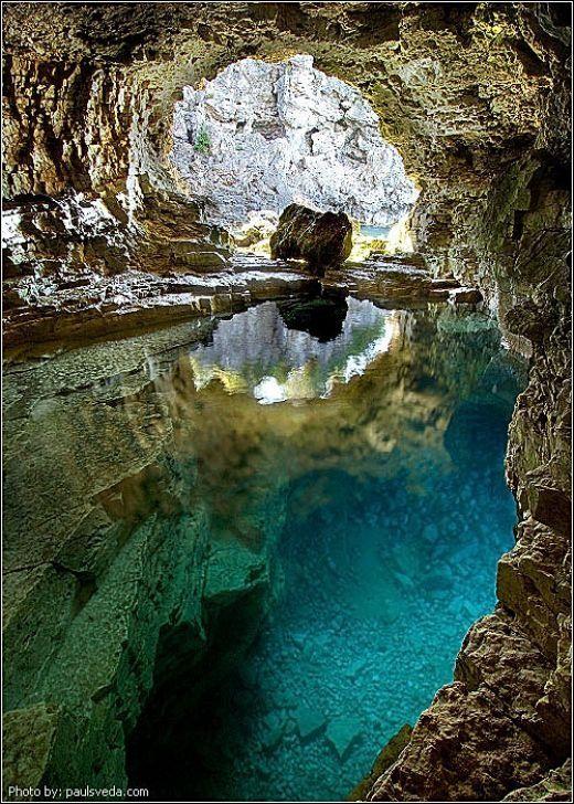 Cave in Bruce Peninsula National Park - Ontario, Canada