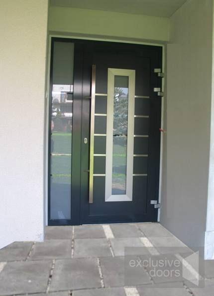 Aluminium Front Door with sidelight