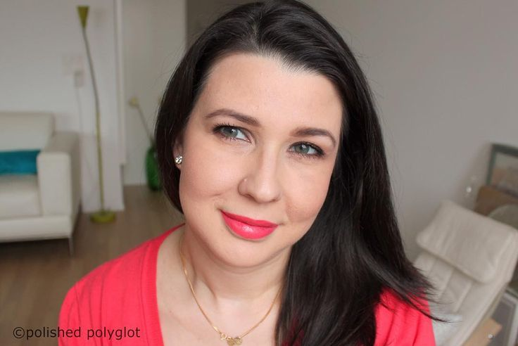 Happy Valentine's day! Here is my look for tonight http://buff.ly/2ldvkhu Can you tell I'm longing for Spring already? I hope you are having a good one! Sending loads of love  !!  #swissblogger #makeup #swissbeautyblogger #makeupjunkie #beautyblogger #blogger_ch #blogsuisse #swissblog #blogbeautesuisse #drugstoremakeup #Valentineslook #FOTD #valentinesday #vday #wetnwild #lipstick #lipbalm #lipstain #coral