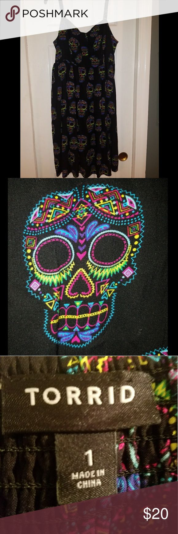 Sugar skull dress! IT HAS POCKETS!!! This dress is so much fun to wear and is very comfortable! torrid Dresses