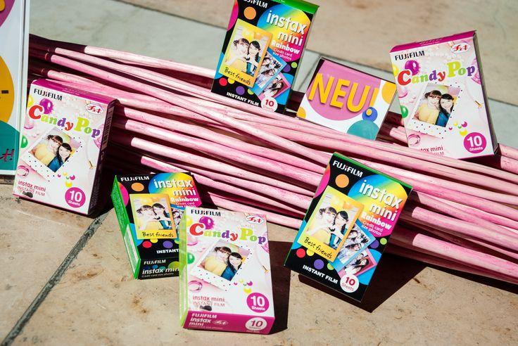 Neue Fuji instax Filme in Regenbogenfarben oder gepunktet!