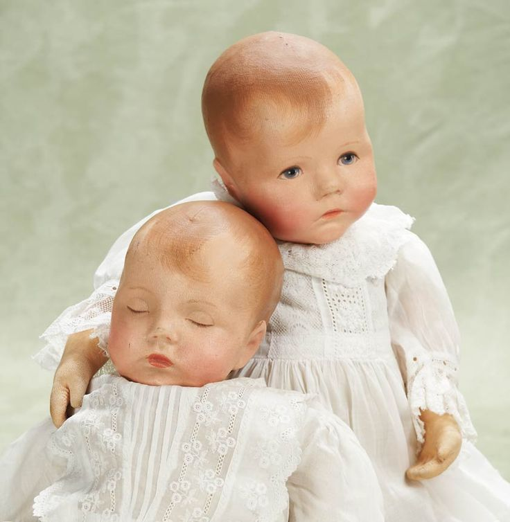 "Pair of 20"" early cloth baby dolls, one a rarer Traumerchen (sleeping baby) model, Germany, date unknown, by Käthe Kruse."