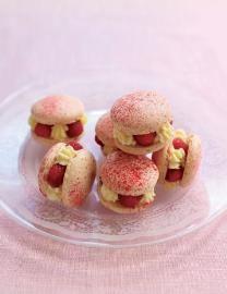 Witte chocolade & framboos macarons