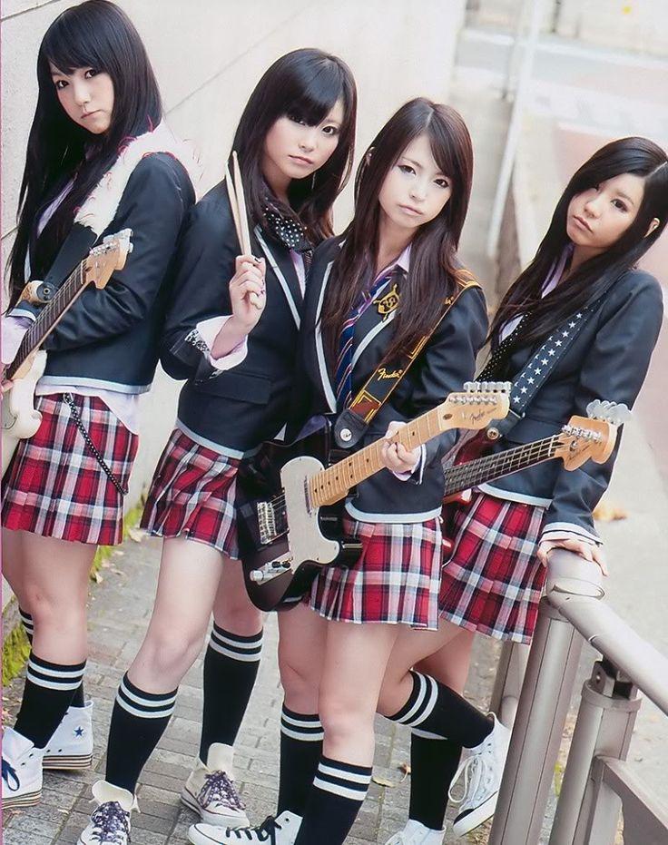 Japanese school girls group — photo 4