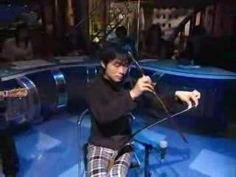 Musical Saw performance by Sakita Hajime