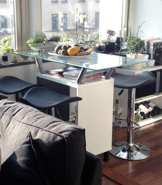 BESTA floating glass bar table - IKEA Hackers