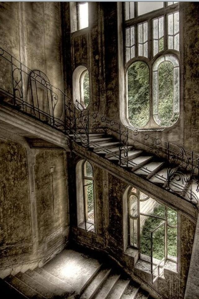 Haunted, decaying, beautiful mansions
