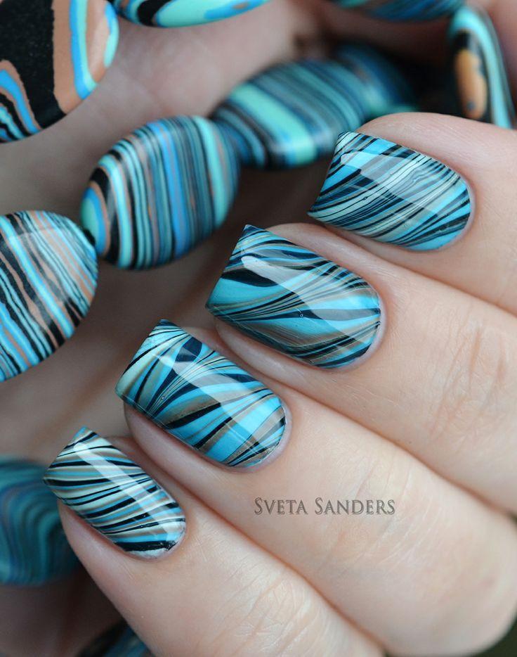 44 Water marble nail art