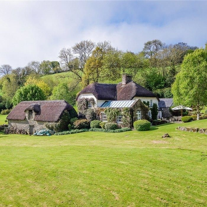 Knight Frank Private Office On Instagram Find This Delightful Property In A Glorious And Peaceful Dartmoor Setting This B Private Office Dartmoor Instagram