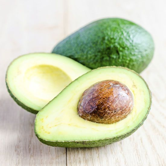 L'avocado riduce l'ipertensione © Thinkstock