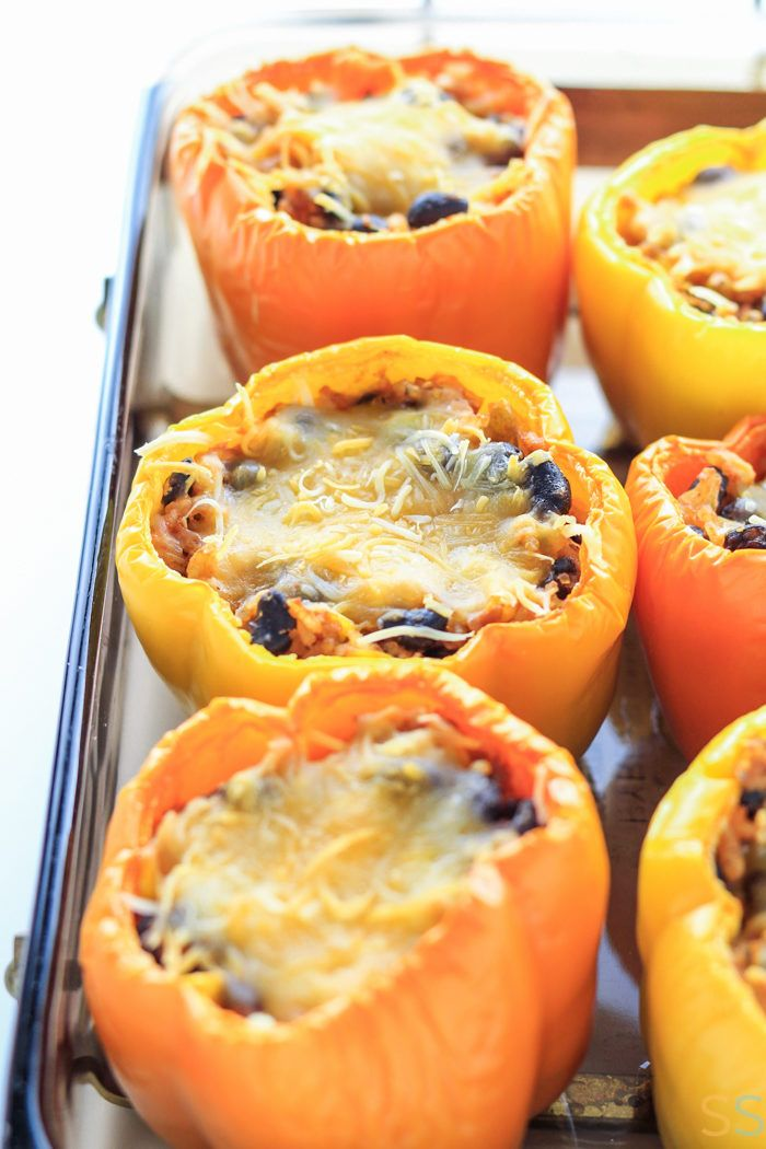 Stuffed Peppers Healthy Vegetarian - Stuffed Peppers Recipe Easy - Mexican Stuffed Peppers Vegetarian Recipe - Stuffed Peppers Vegetarian Rice - Black Bean Stuffed Peppers Vegetarian - Easy Vegetarian Recipes Healthy - Meatless Monday Recipes