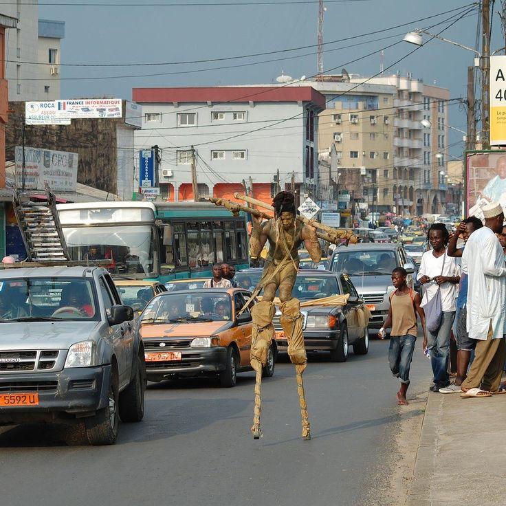 #Yaounde ou #Douala ? Pouvez vous nommer cet endroit ? #Cameroun #VisiterLeCameroun #Ig_Cameroun #Kmertour #Kmerzik #Performer #travel #vacation #tourist #tourism #beauty #instatravel #sun