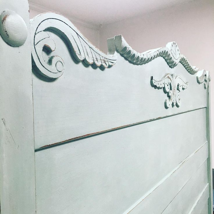 painted headboards Mix of 4:1 old white and duck egg blue Chalk Paint